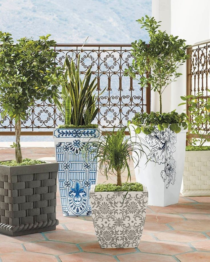 Check Out Planters From Frontgate Garden Oasis 400 x 300