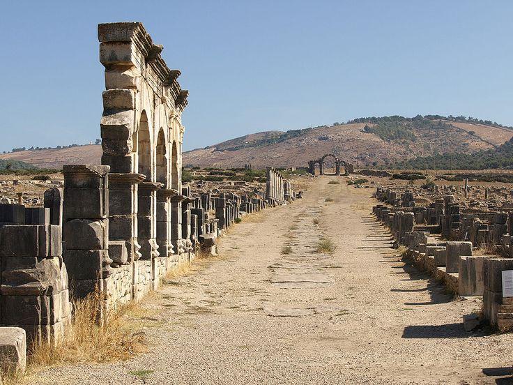 Decumanus Maximus - Site archéologique de Volubilis