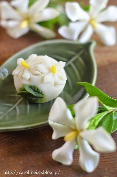 くちなしの練りきり Homemade Gardenia Nerikiri