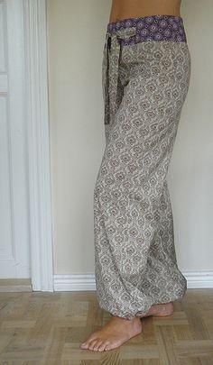DIY drawstring pants!! MUST MAKE. I love the thick waistband!