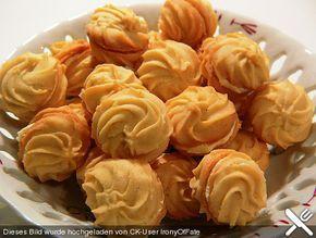 Orangen - Vanille - Plätzchen, ein schönes Rezept aus der Kategorie Kekse & Plätzchen. Bewertungen: 27. Durchschnitt: Ø 4,0.