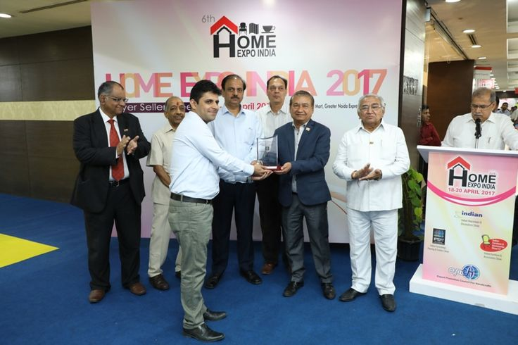 The Ajai Shankar Memorial Award in Furnishing, Flooring and Textiles category given to M/s Jayanita Exports Pvt. Ltd, Delhi. Mr. Suneer Jain received the award. - at Home Expo India, 2017