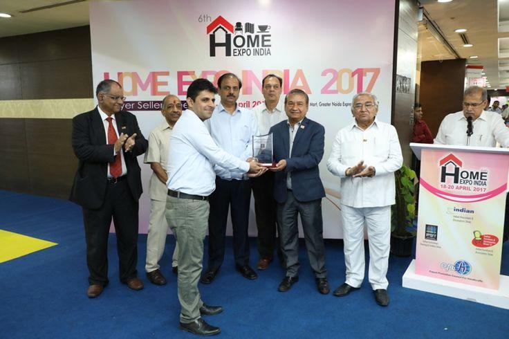The Ajai Shankar Memorial Award in Furnishing, Flooring and Textiles category given to M/s Jayanita Exports Pvt. Ltd, Delhi. Mr. Suneer Jain received the award. - at Home Expo India, 2017