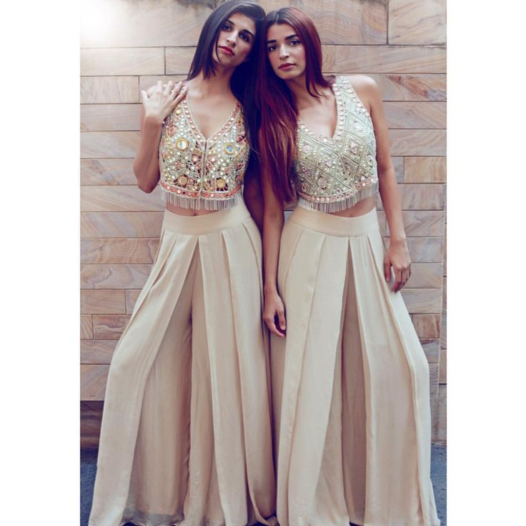 """2,858 Likes, 44 Comments - Arpita Mehta Official Page (@arpitamehtaofficial) on Instagram: """"Alisha & Natasha twinning in our fusion vest and palazzo sets @aapplemint @4nphotography…"""""""