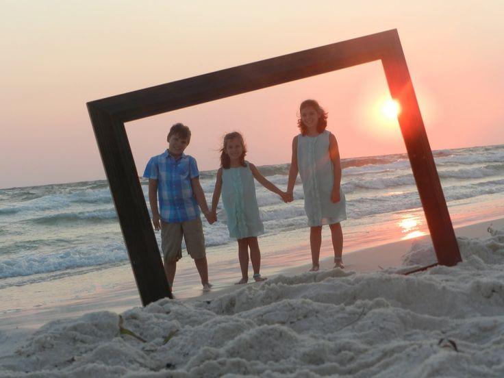 kids beach photo shoot