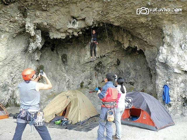 Y si regresamos a #Quilotoa y #Zumbahua en una nueva aventura??? #PHOTOWALK  Vive tu mejor #aventura con #Rutaviva#TravelTheWorld  Encuentra cientos de DESTINOS y HOTELES en  www.rutaviva.com  _____________________________________________  #AmoEcuador #ViajaPrimeroEcuador#FeelAgainInEcuador  #Ecuador#FamiliaViajeraEcuador  #allyouneedisecuador #travelblogger #mochileros #natgeotravel #EcuadorTuLugarEnElMundo #LikeNoWhereElse #amor  #AllInOnePlace#instatravel #TraveltheWorld #World_Shots…