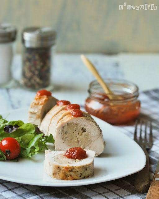 Pollo relleno de jamón serrano y manchego con salsa de membrillo   L'Exquisit
