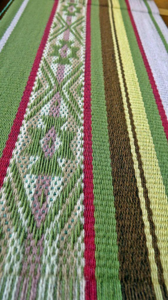 Diseño mapuche la bufanda manta textil de lana tejidas a