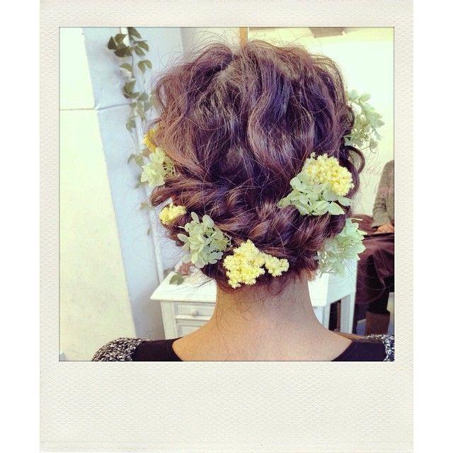 いいね!738件、コメント10件 ― MAISON DE RIREBRIDEさん(@maison.de.rire)のInstagramアカウント: 「両家顔合わせで着物を着られるという事で髪の毛をしに来てくれた方🌟 ありがとうございました✨ 今日も1日頑張りましょう👏✨ #ヘアアレンジ#ヘアセット #ファッション#コーデ #大阪#心斎橋…」