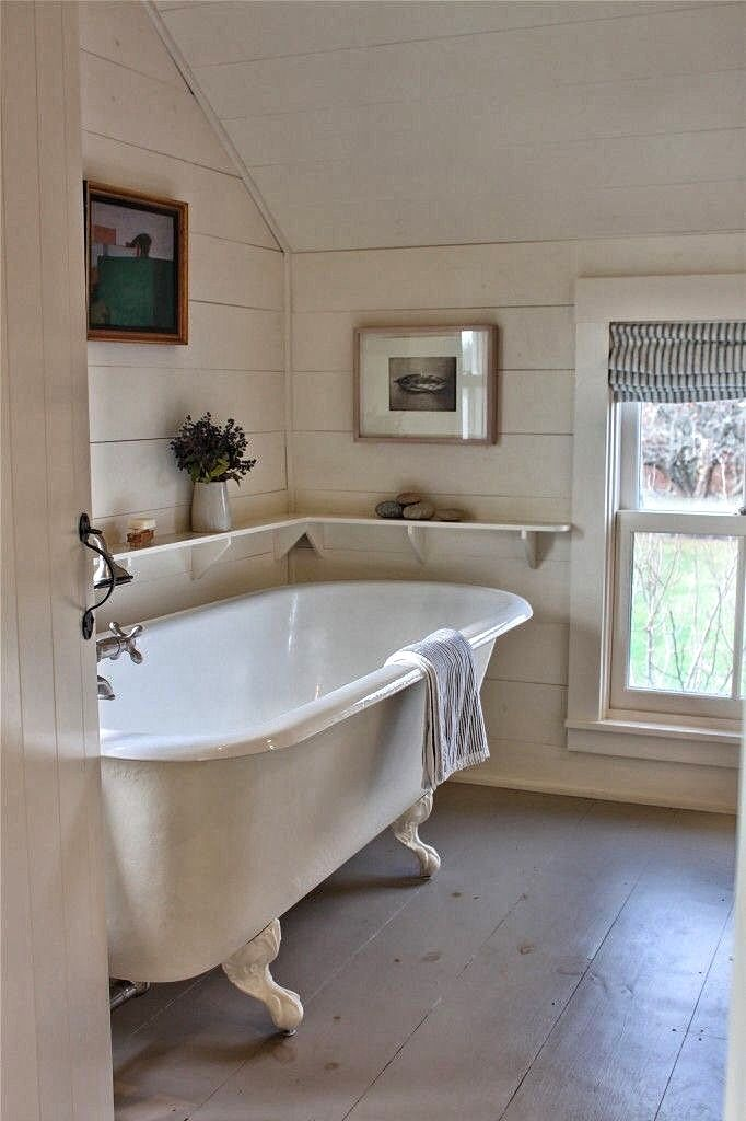 Pin By Midwestbackroads On Bathrooms With Charm With Images