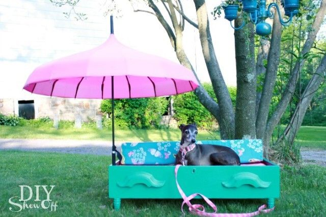 turn an old dresser drawer into a glam pet bed #HowTo #DIY #pets