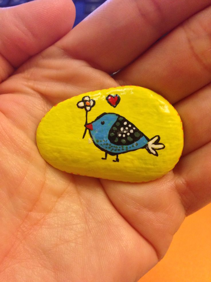Painted stone - bird