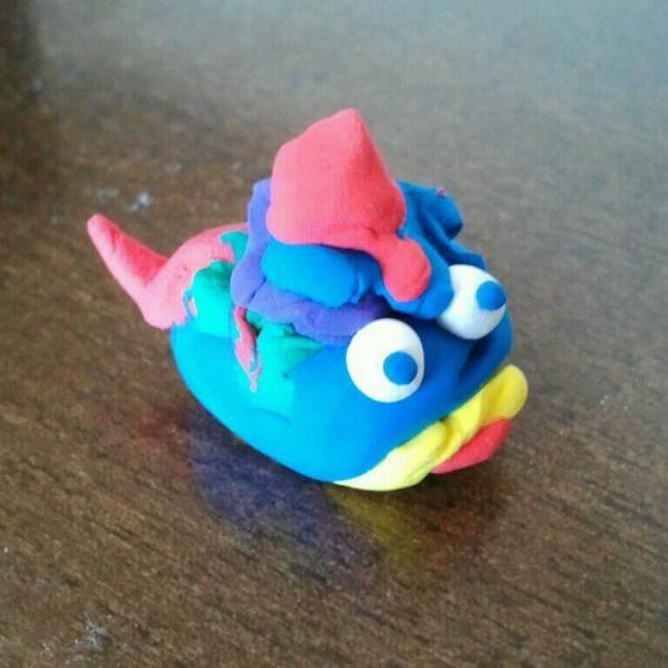 Bombon1 ha hecho este pez para regalarselo a tita. ¿A que es chulo?