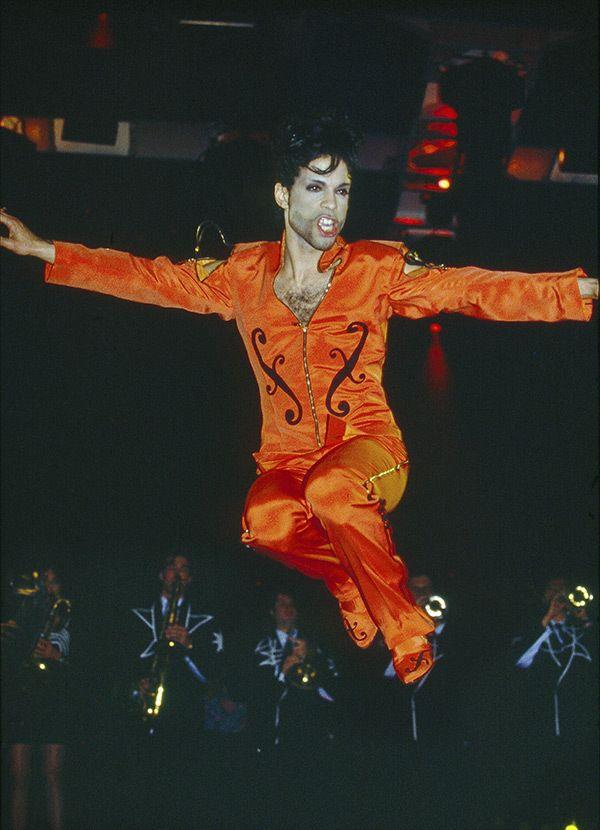 Prince • 1991 Diamonds & Pearls Tour