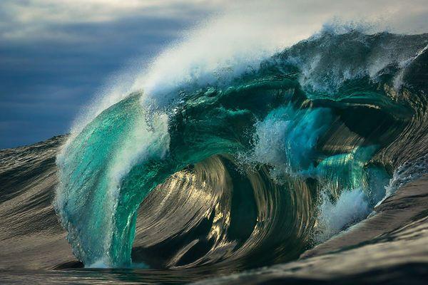 Австралийский фотограф Matt Burgess 6 лет фотографировал океанские волны, вот…