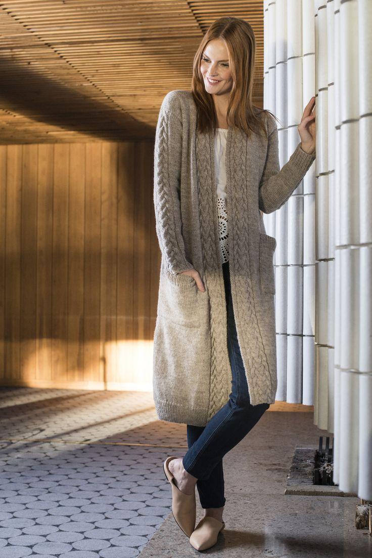 Naisen palmikkoneuletakki Novita Nordic Wool | Novita knits