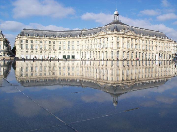 Miroir d'eau, Place de la Bourse Bordeaux - France