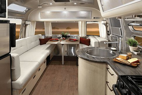 See the floorplans and technical specifications for the Airstream International Signature travel trailer and hear the call of adventure.