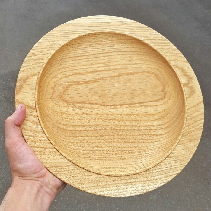 French Oak dinner plate. Natural and classy.