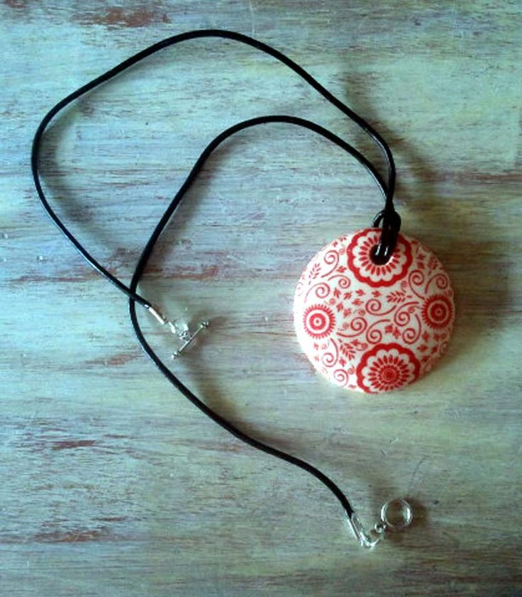 Necklace using Japanese tissue transfer