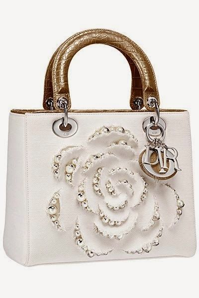 Cute white purse with large flower cutout