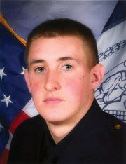 Brian Moore, New York Police Officer Shot in the Head, Dies - NYTimes.com