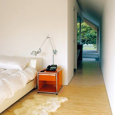 Mobili camera da letto USM Haller, comodino USM Haller con cassetto, USM arancione puro