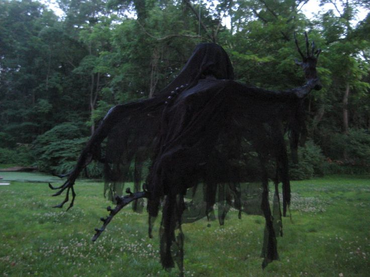 dishfunctional designs awesome halloween home decorating ideas paper mache dementor by thom heap - Halloween Prop Ideas