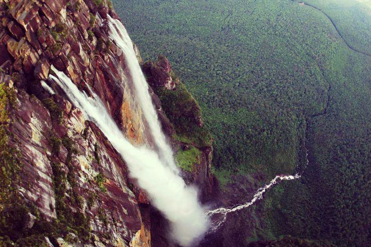Водопад Анхель, национального парка Канайма, Венесуэла