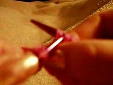 Knit Stitch Slow : left handed knit stitch...this woman goes really really slow, so super useful...