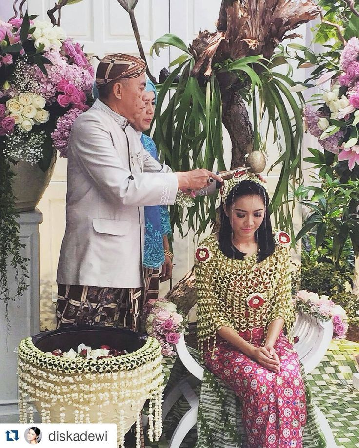 Siraman is a Javanese ritual of cleansing the bride-to-be from any evil spirits before she gets married. Other ethnicities in Indonesia have a similar ritual, only with different names.