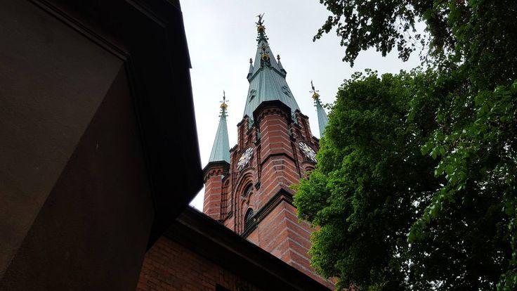 Stockholm: cat costa o sedere scurta? Si ce faci daca mai si ploua? - Trivo.ro