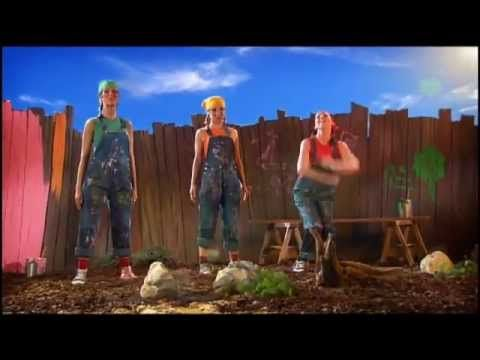K3 - De 3 Biggetjes - YouTube