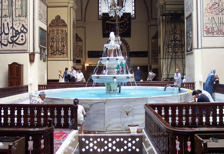 Bursa Ulu Mosque, built with classic Ottoman architecture has 20 domes and minarets. made of marble in water fountains and fountain is located, is decorated with calligraphy manuscript.