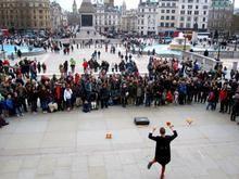 Oxford: Cómo llegar, qué ver Artistas callejeros en Trafalgar Square