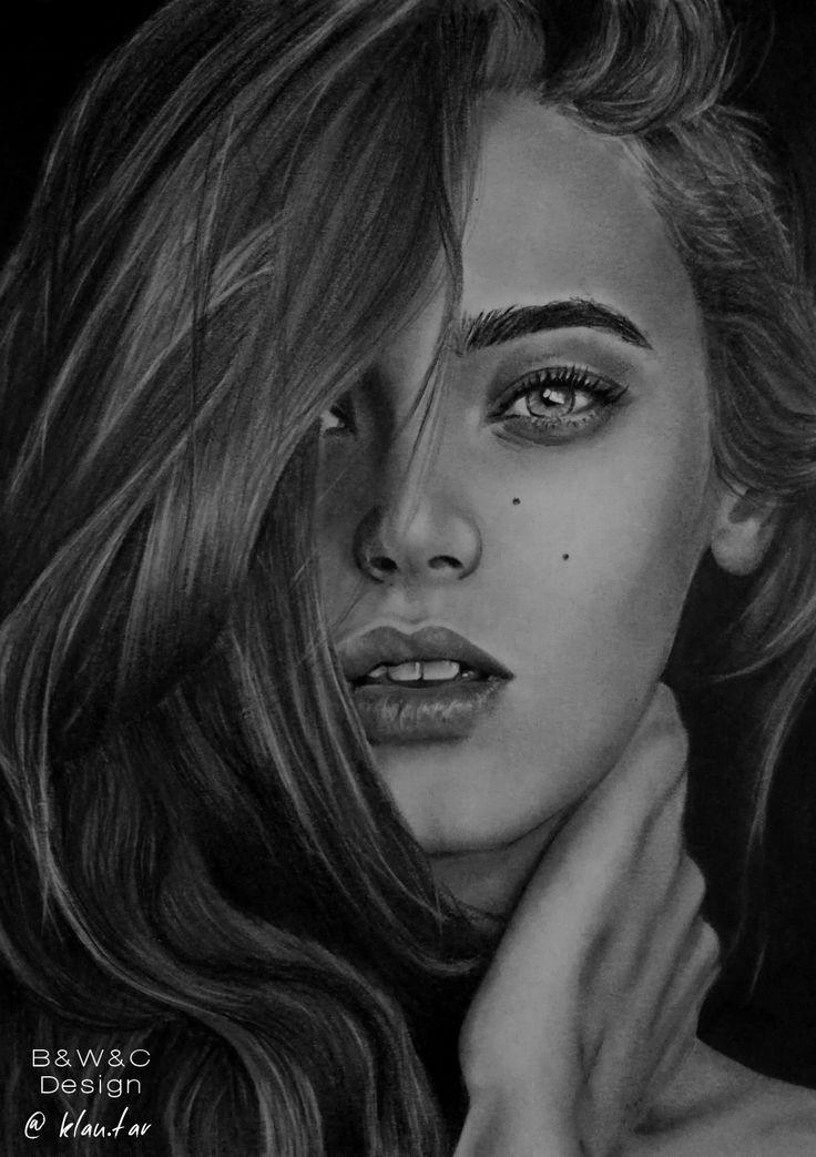 Realistic drawing by Klaudia Hajós-Tar