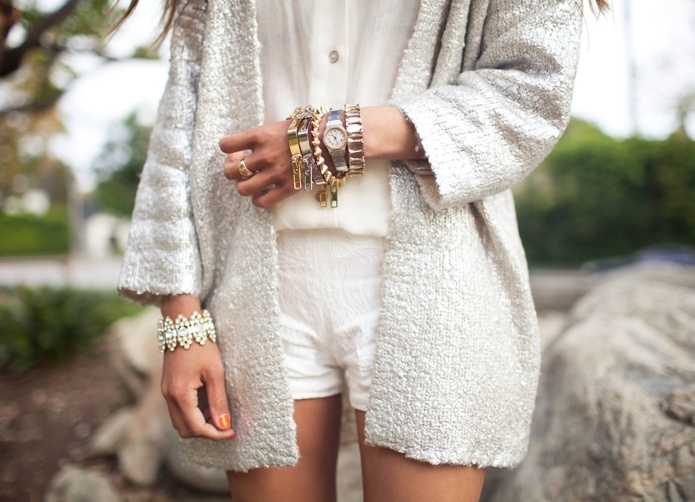 White on white, frosting.: Shorts Shorts, Date Outfits, White Fashion, Casual Summer Outfits, Street Style, Long Sweaters, Over Sweaters, Casual Outfits, White Noi