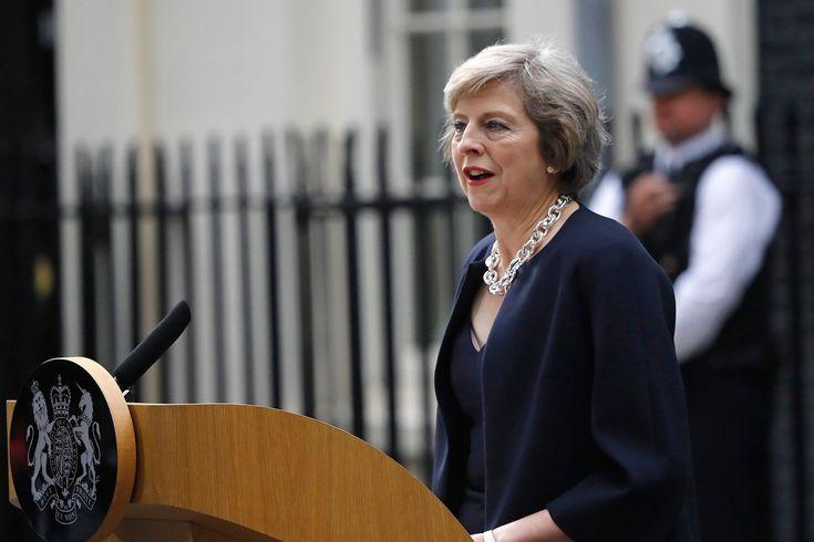 La diplomatie russe en 140 signes: Pepe the frog pour Theresa May, un canard boiteux pour Obama