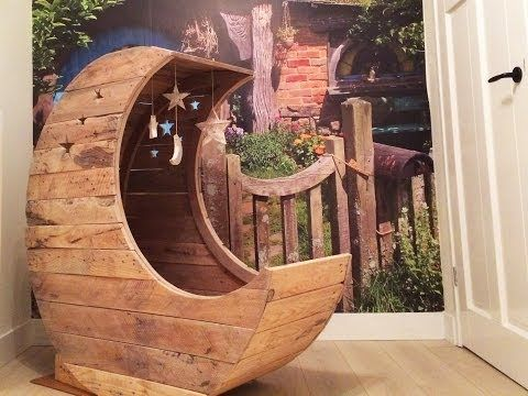 He Makes A Really Unique Pallet Half Moon Cradle For A Starry Night! - DIY Joy