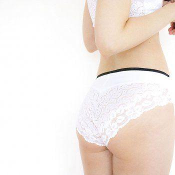 New white lace panties by Pernowka.