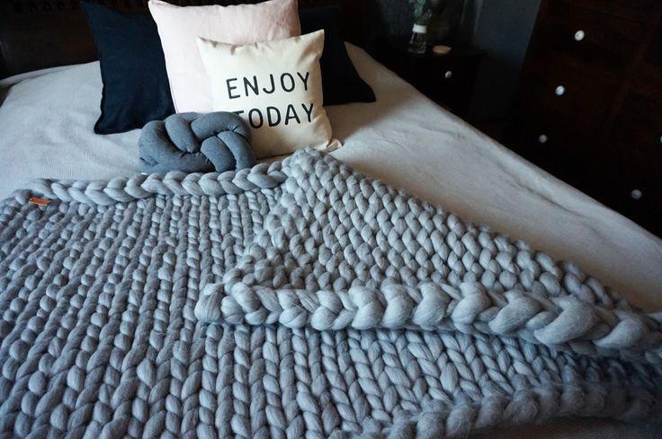 koc z wełny czesankowej_koc ręcznie pleciony_arm knitting blanket9