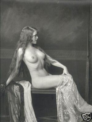 CIRCA 1920's ZIEGFELD FOLLIES DANCER  by ALFRED CHENEY JOHNSTON