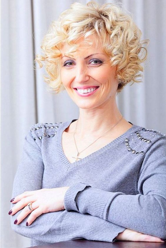 Short Curly Bob Hairstyles For Older Women Short Curly