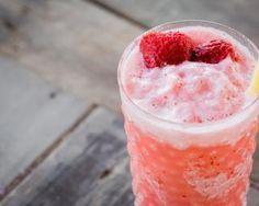 Smoothie frais et crémeux aux fraises : http://www.fourchette-et-bikini.fr/recettes/recettes-minceur/smoothie-frais-et-cremeux-aux-fraises.html