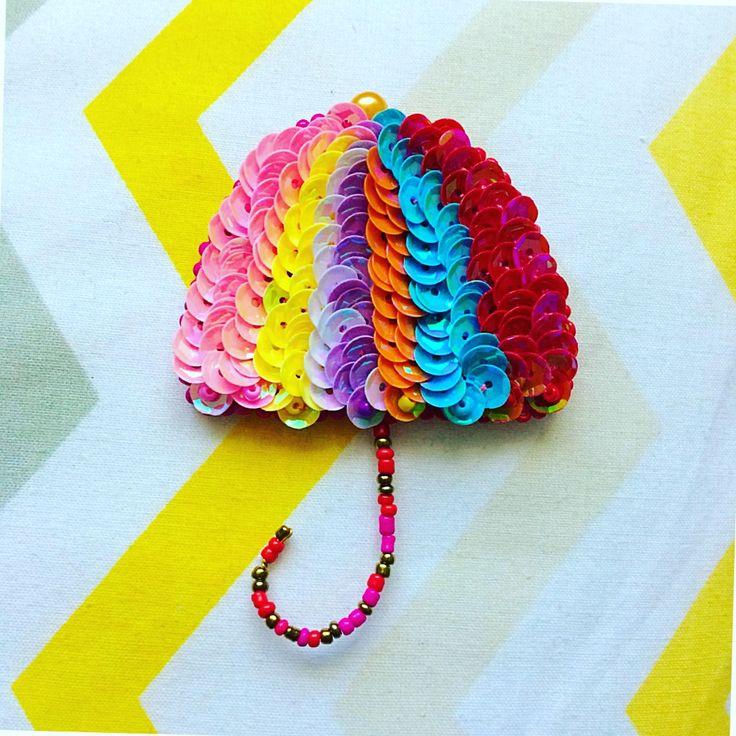В дождливое лето с летним настроением) ✔️в наличии @jib_brand /// bead umbrella brooch