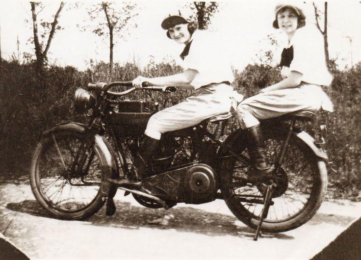 Harley Davidson Harley Davidson History 1903 1930