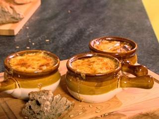 Soupe à l'oignon gratinée (Goût de Louis)
