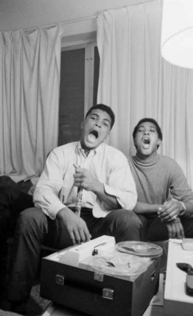 212 best sam cooke images on pinterest celebrities folk and playful picture of muhammad ali and sam cooke hanging out in 1963 hexwebz Images