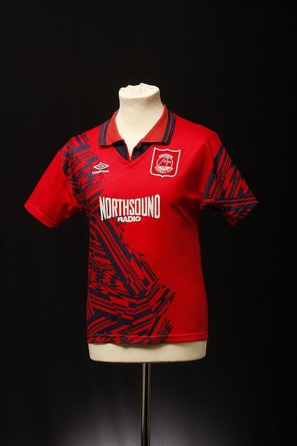 Aberdeen Football Shirt (Home, 1994-96)