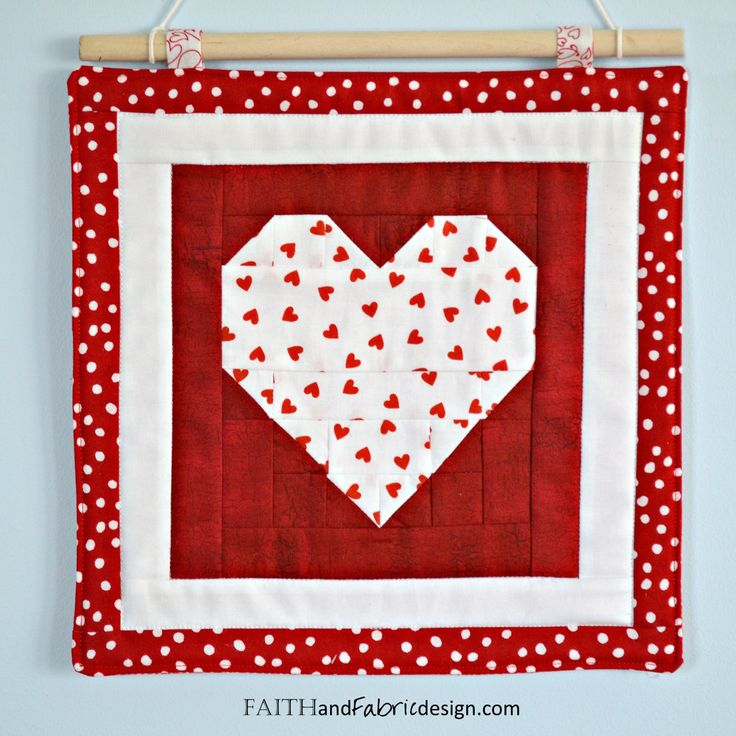 Pattern: Saint Valentine s Day Quilt Pattern - Love Table Runner and Wall Hanging Runners ...